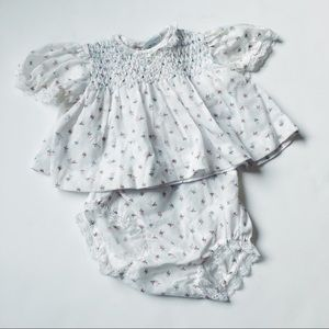 Beautiful vintage baby floral dress and bloomers💗